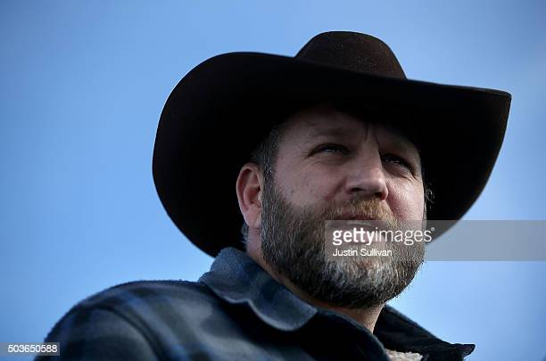 Ammon Bundy the leader of an antigovernment militia speaks to members of the media in front of the Malheur National Wildlife Refuge Headquarters on...