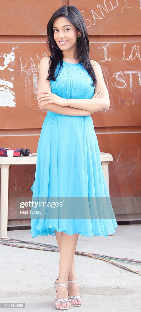 <a gi-track='captionPersonalityLinkClicked' href=/galleries/search?phrase=Amrita+Rao&family=editorial&specificpeople=3080005 ng-click='$event.stopPropagation()'>Amrita Rao</a> at 'Love U... Mr. Kalakaar' promo shoot.