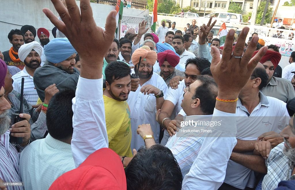 Captain Amrinder Singh Congress candidate from Amritsar Suppoters celebrate his victory in Lok Sabha election in Amritsar on Friday.May16, 2014