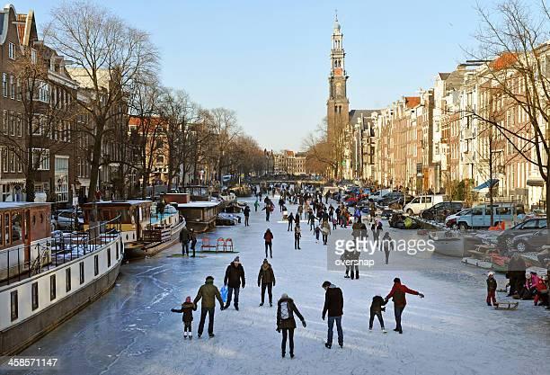 Amsterdam Les patineurs sur glace