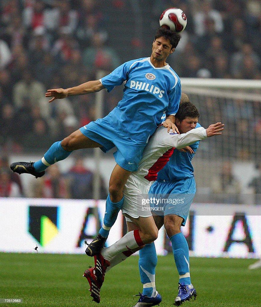 PSVs Manuel Da Costa vies with Klaas Ja
