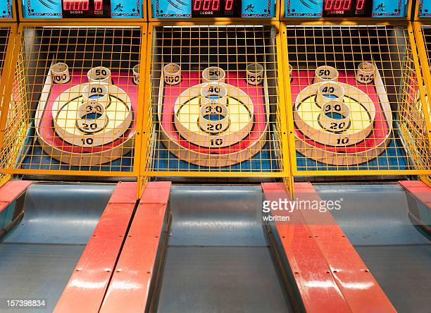 Amusement arcade game skeeball