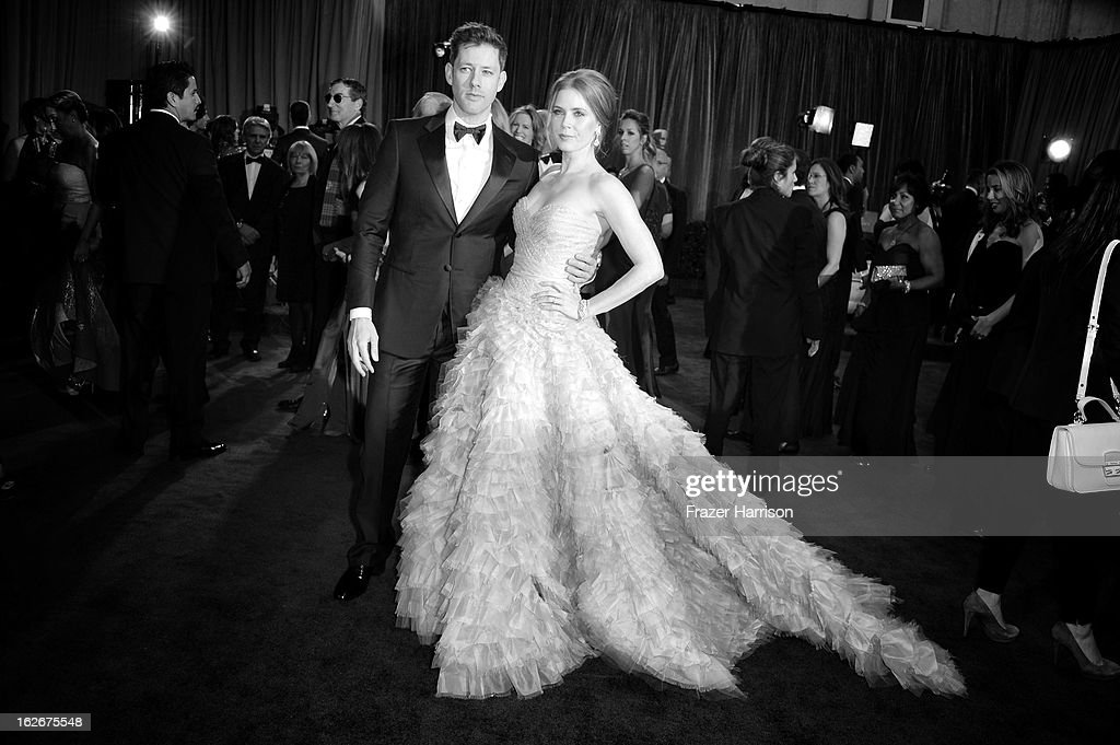Amy Adams and husband Daren LeGallo arrive at the 85th Annual Academy Awards at Hollywood & Highland Center on February 24, 2013 in Hollywood, California.