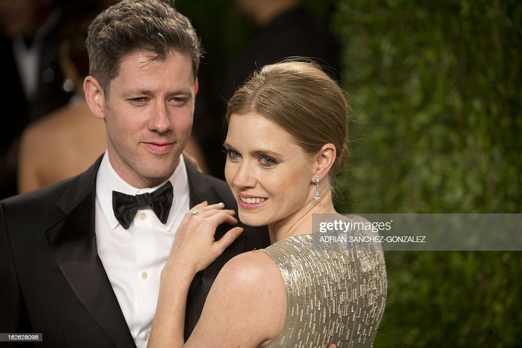 Amy Adams and husband Daren LeGallo arrive for the 2013 Vanity Fair Oscar Party on February 24, 2013 in Hollywood, California.