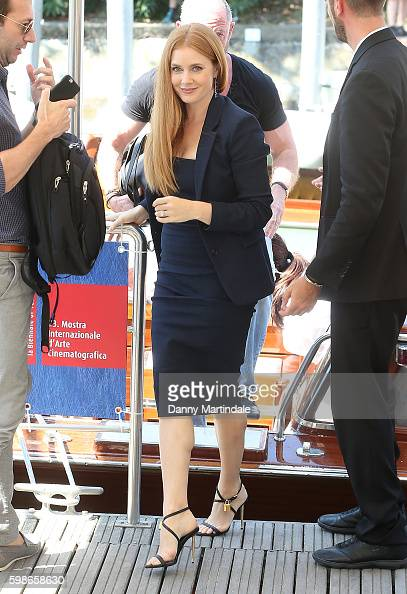 amy-adams-arrives-at-the-lido-during-the-73rd-venice-film-festival-on-picture-id598658630