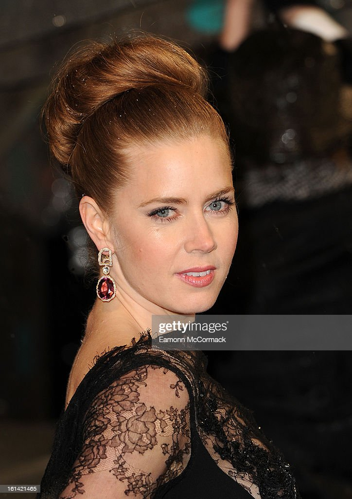 <a gi-track='captionPersonalityLinkClicked' href=/galleries/search?phrase=Amy+Adams&family=editorial&specificpeople=213938 ng-click='$event.stopPropagation()'>Amy Adams</a> attends the EE British Academy Film Awards at The Royal Opera House on February 10, 2013 in London, England.