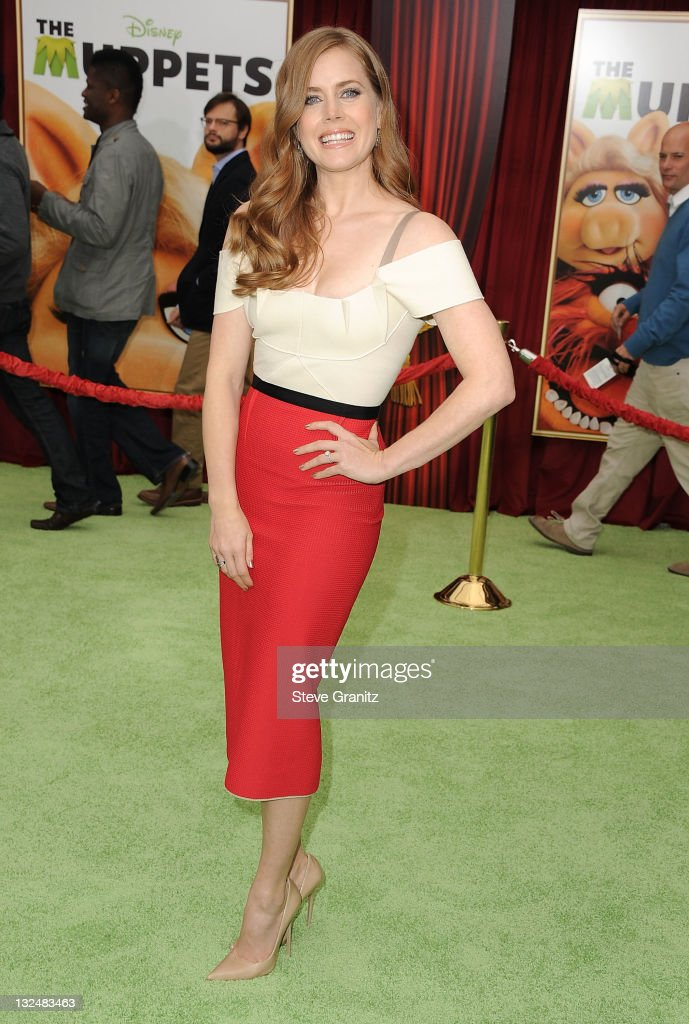 <a gi-track='captionPersonalityLinkClicked' href=/galleries/search?phrase=Amy+Adams&family=editorial&specificpeople=213938 ng-click='$event.stopPropagation()'>Amy Adams</a> attends 'The Muppet' Los Angeles Premiere at the El Capitan Theatre on November 12, 2011 in Hollywood, California.