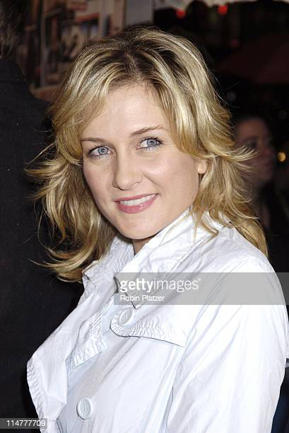 Amy Carlson during Paramount Pictures' 'Elizabethtown' New York City Premiere at Loews Lincoln Square in New York City New York United States