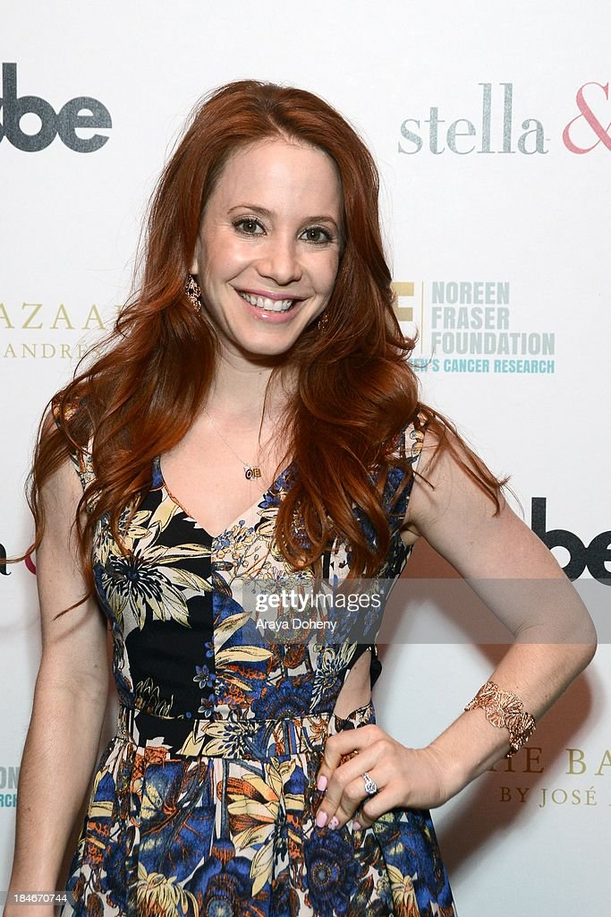 Amy Davidson attends the Stella & Dot Trunk Show Benefiting The Noreen Fraser Foundation at The Bazaar at the SLS Hotel Beverly Hills on October 14, 2013 in Los Angeles, California.