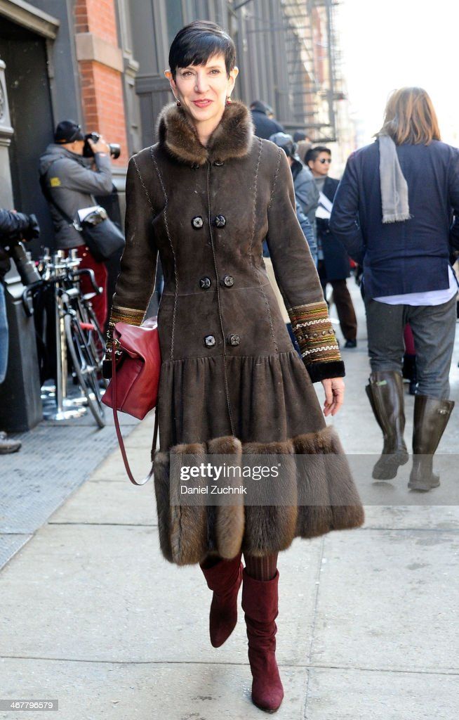 <a gi-track='captionPersonalityLinkClicked' href=/galleries/search?phrase=Amy+Fine+Collins&family=editorial&specificpeople=241319 ng-click='$event.stopPropagation()'>Amy Fine Collins</a> is seen outside the Jason Wu show on February 7, 2014 in New York City.