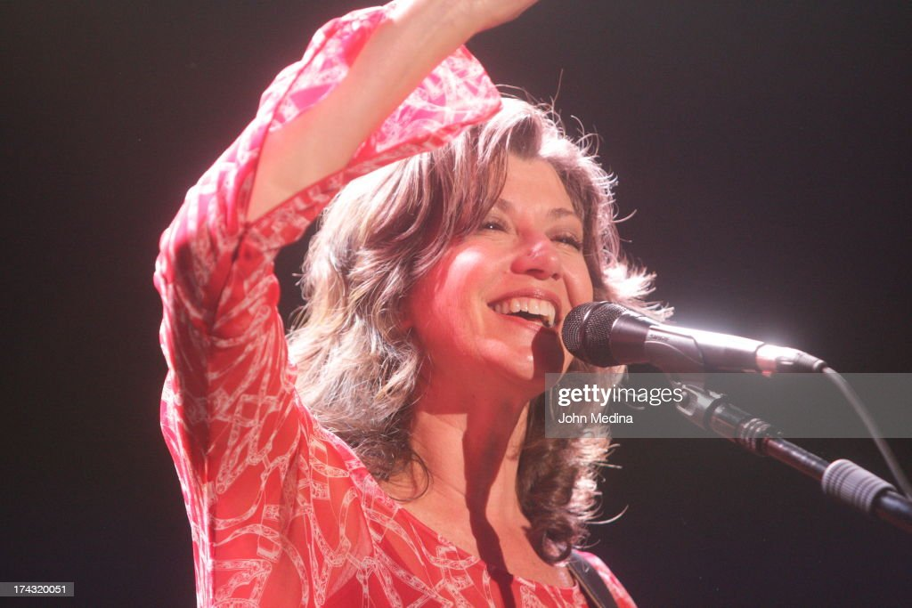 <a gi-track='captionPersonalityLinkClicked' href=/galleries/search?phrase=Amy+Grant&family=editorial&specificpeople=240521 ng-click='$event.stopPropagation()'>Amy Grant</a> performs at San Jose Civic Auditorium on July 23, 2013 in San Jose, California.