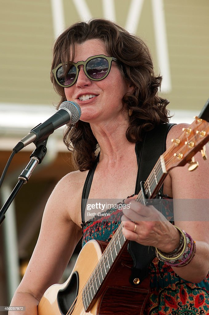 <a gi-track='captionPersonalityLinkClicked' href=/galleries/search?phrase=Amy+Grant&family=editorial&specificpeople=240521 ng-click='$event.stopPropagation()'>Amy Grant</a> plays Woofstock at Fontanel 2014 on June 7, 2014 in Nashville, Tennessee.