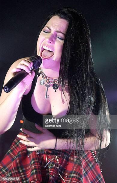 Amy Lee Sängerin USA Eavanescence während eines Konzertes in der Berliner Columbiahlle