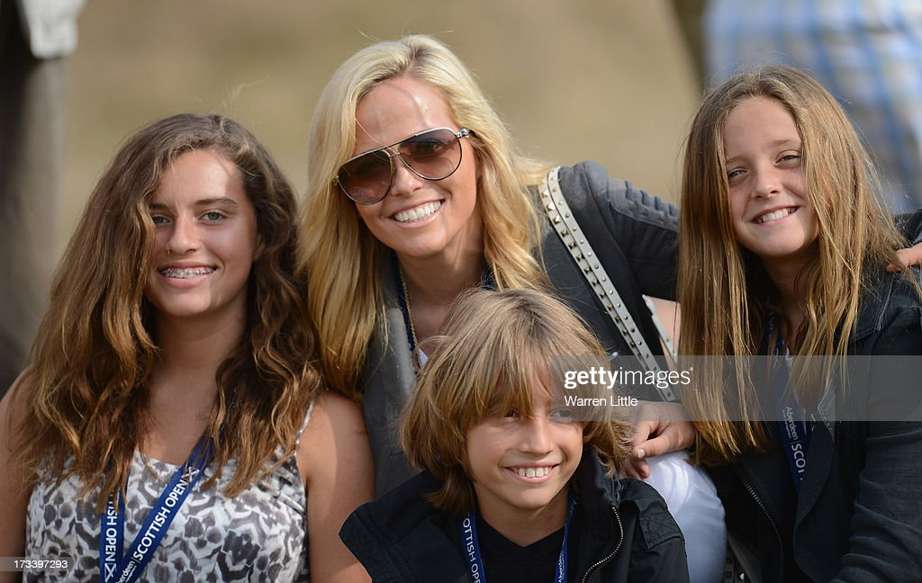 <a gi-track='captionPersonalityLinkClicked' href=/galleries/search?phrase=Amy+Mickelson&family=editorial&specificpeople=212877 ng-click='$event.stopPropagation()'>Amy Mickelson</a> poses with children Evan, Amanda (L) and Sophia during the third round of the Aberdeen Asset Management Scottish Open at Castle Stuart Golf Links on July 13, 2013 in Inverness, Scotland.
