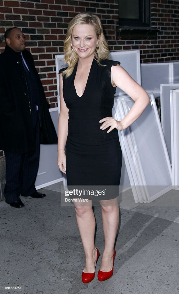 <a gi-track='captionPersonalityLinkClicked' href=/galleries/search?phrase=Amy+Poehler&family=editorial&specificpeople=228430 ng-click='$event.stopPropagation()'>Amy Poehler</a> leaves 'The Late Show with David Letterman' at Ed Sullivan Theater on November 20, 2012 in New York City.