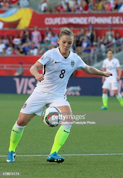 Amy Rodriguez of the United States prepares to shoot in the first half against China in the FIFA Women's World Cup 2015 Quarter Final match at...