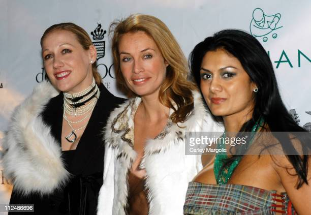 Amy Sacco Frederique van der Wal and guest during Rod Stewart Kicks Off the 2005 Cipriani Wall Street Concert Series at Cipriani Wall Street in New...