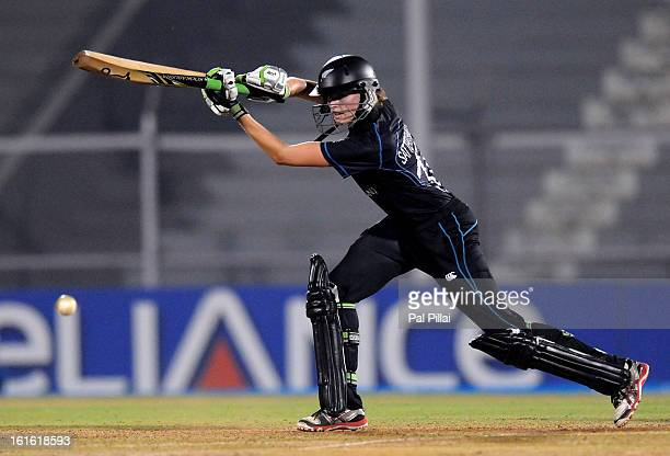 Amy Satterthwaite of New Zealand bats during the Super Sixes match between England and New Zealand held at the Cricket Club of India on February 13...