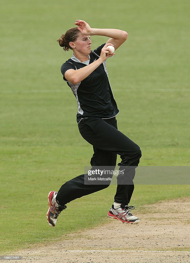 Amy Satterthwaite of New Zealand bowls during game four of the one day international series between the Australian Southern Stars and New Zealand at North Sydney Oval on December 19, 2012 in Sydney, Australia.