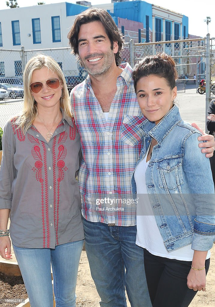 Amy Smart, Carter Oosterhouse and Emmanuelle Chriqui attend the Environmental Media Association's celebration of Earth Day at Cochran Middle School on April 18, 2013 in Los Angeles, California.
