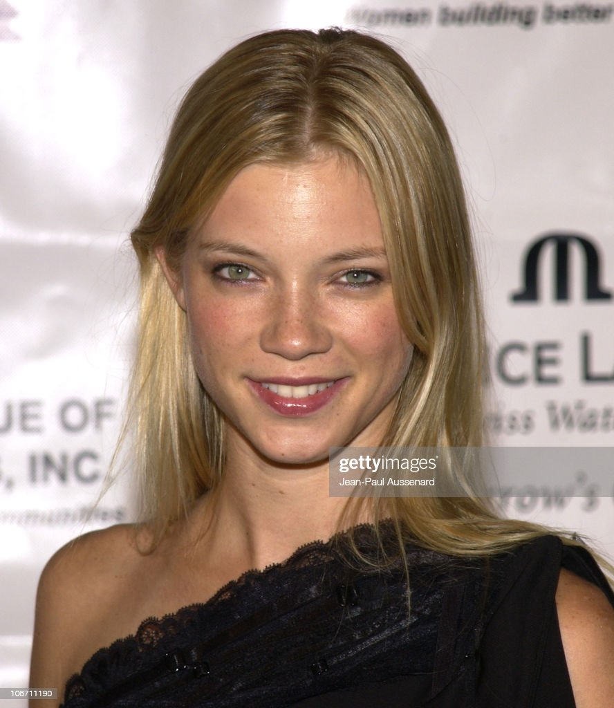 Amy Smart during Maurice Lacroix Presents The <b>Junior League</b> of Los Angeles &#39; <b>...</b> - amy-smart-during-maurice-lacroix-presents-the-junior-league-of-los-picture-id106711190