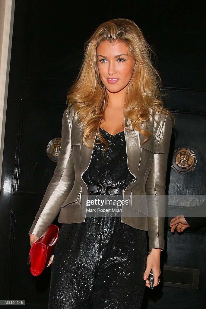 <a gi-track='captionPersonalityLinkClicked' href=/galleries/search?phrase=Amy+Willerton&family=editorial&specificpeople=8785597 ng-click='$event.stopPropagation()'>Amy Willerton</a> leaves the Arts Club on January 7, 2014 in London, England.