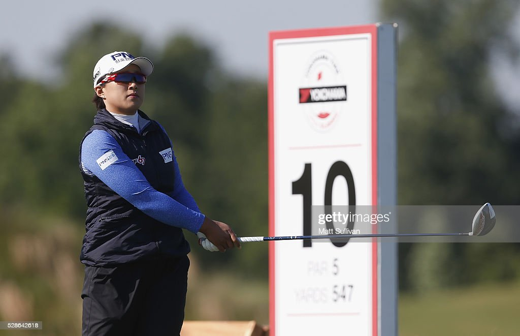 <a gi-track='captionPersonalityLinkClicked' href=/galleries/search?phrase=Amy+Yang&family=editorial&specificpeople=739014 ng-click='$event.stopPropagation()'>Amy Yang</a> of South Korea watches her tee shot on the 10th hole during the second round of the Yokohama Tire Classic on May 06, 2016 in Prattville, Alabama.