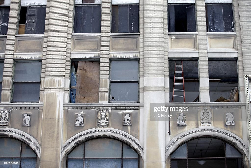 An abandoned building under construction is seen on February 24, 2013 in Detroit, Michigan. The city of Detroit has faced serious economic challenges in the past decade, with a shrinking population and tax base while trying to maintain essential services. A financial review team issued a finding on February 19 identifying the city as being under a 'financial emergency.' Michigan Gov. Rick Snyder has 30 days from the report's issuance to officially declare a financial emergency, which could result in the governor appointing an emergency financial manager to oversee Detroit's municipal government.