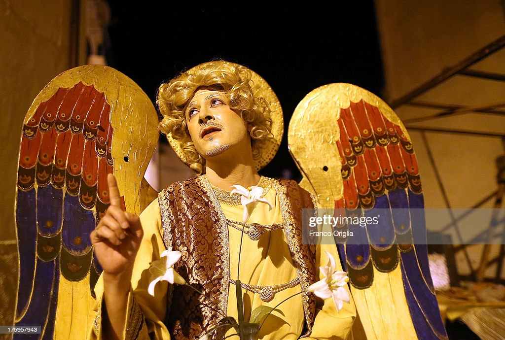 An actor performs during the 'Festa del Borgo,' the medieval fair held every year in the village of Roccatederighi, on August 10, 2013 in Grosseto, Italy.