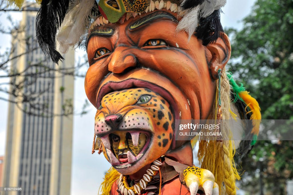 An actor performs during the inaugural parade of the 15th Ibero-American Theatre Festival in Bogota on March 12, 2016. The biennial festival's first edition took place in 1988 and is considered the largest theatre festival in the world.