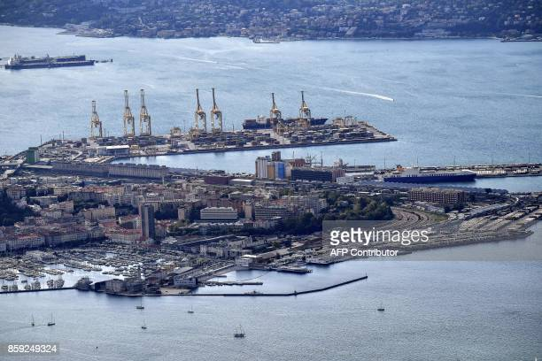 An aerial view of the commercial harbor of the northeastern city of Trieste along the Adriatic Sea on October 8 2017 / AFP PHOTO / Alberto PIZZOLI