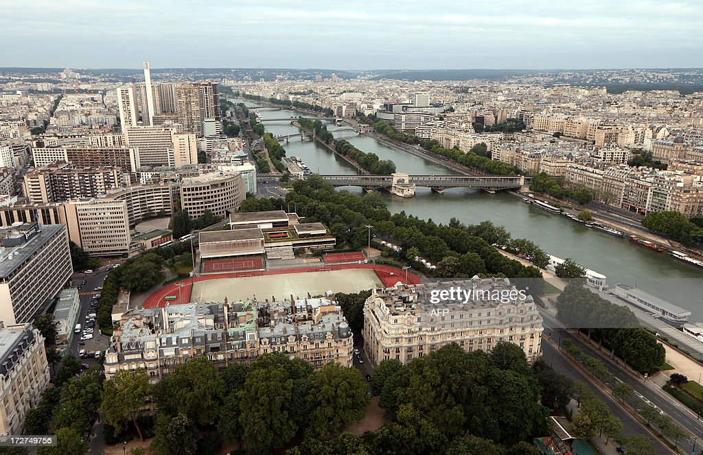 An aerial view taken on July 4, 2013 shows the River Seine in Paris.