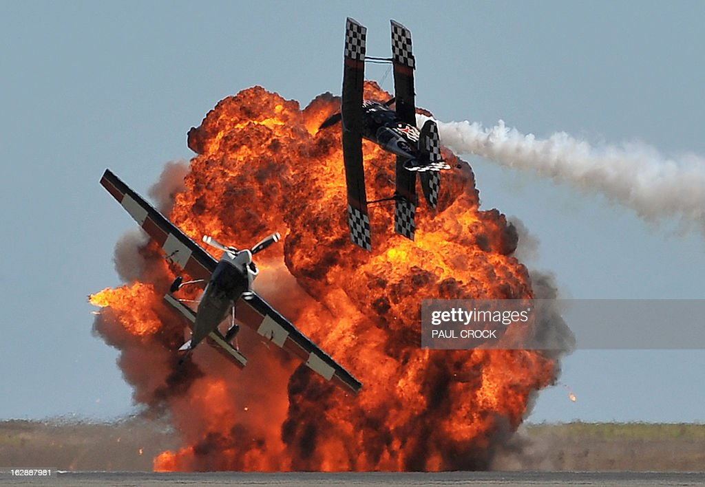 An aerobatics team perform during the Australian International Airshow in Melbourne on March 1, 2013. 180,000 patrons are expected through the gates over the duration of the event staged at the Avalon Airfield some 80kms south-west of Melbourne. AFP PHOTO / Paul CROCK