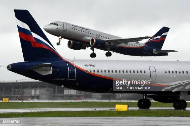 An Aeroflot's aircraft takes off at Moscow's Sheremetyevo international airport on June 14 2017 / AFP PHOTO / Kirill KUDRYAVTSEV