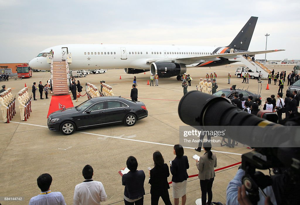 An airplane carrying British Prime Minister David Cameron is seen at the Centrair International Airport on May 25, 2016 in Tokoname, Aichi, Japan. The Group of Seven summit takes place on May 26 and 27 to discuss key global issues such as global economy and anti terrorism measures.