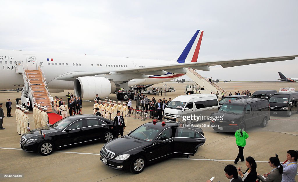 An airplane carrying French President Francios Hollande is seen at the Centrair International Airport ahead of the Group of Seven summit on May 25...