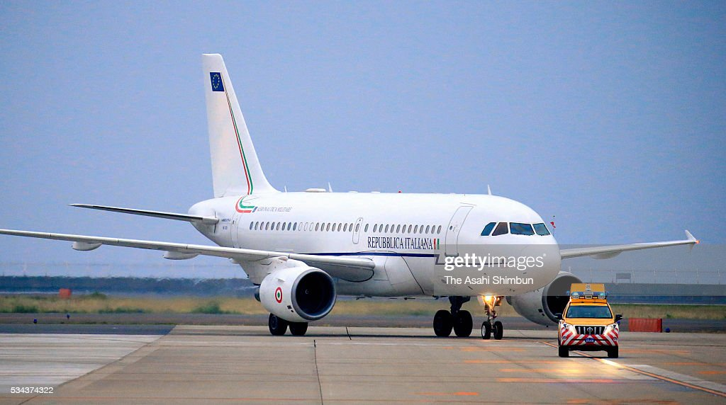 An airplane carrying Italian Prime Minister Matteo Renzi taxis at the Centrair International Airport ahead of the Group of Seven summit on May 25...
