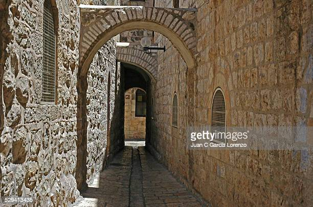 An alley in the Jewish Quarter of Old Jerusalem