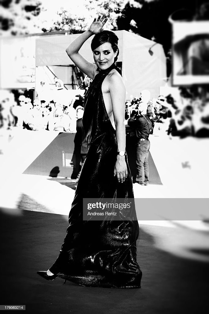 An alternative view of Evelyne Brochu as she attends the 'Tom At The Farm' Premiere during the 70th Venice International Film Festival on September 2...