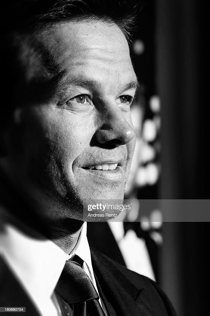 An alternative view of <a gi-track='captionPersonalityLinkClicked' href=/galleries/search?phrase=Mark+Wahlberg&family=editorial&specificpeople=202265 ng-click='$event.stopPropagation()'>Mark Wahlberg</a> at a photocall for 'Broken City' at Hotel Ritz Carlton on February 4, 2013 in Berlin, Germany.