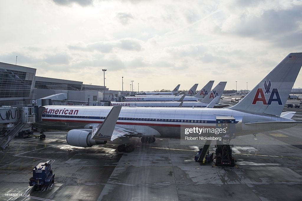 An American Airlines jet plane waits to depart February 3, 2013 from the John F Kennedy International Airport in the Queens borough of New York.