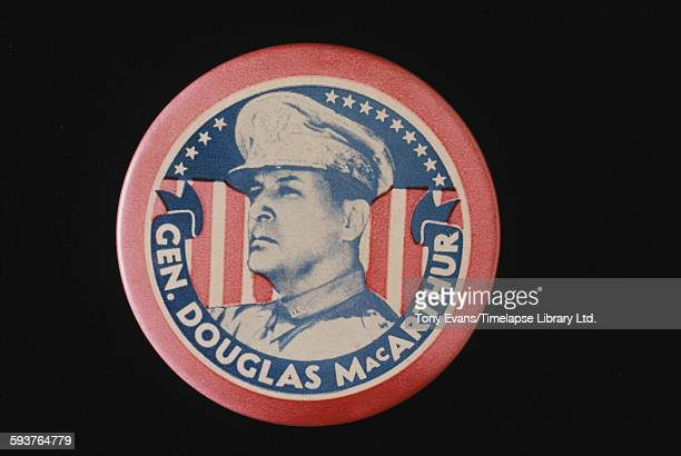 An American badge featuring US General Douglas MacArthur circa 1945