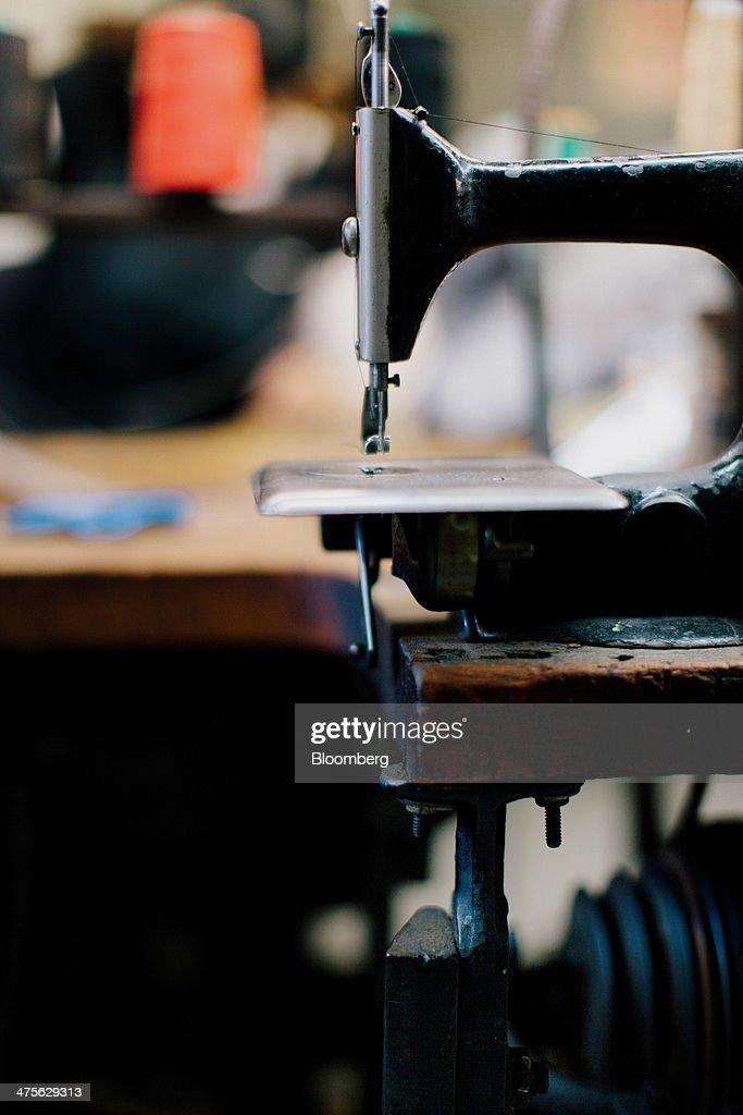 singer sewing machine stands antique