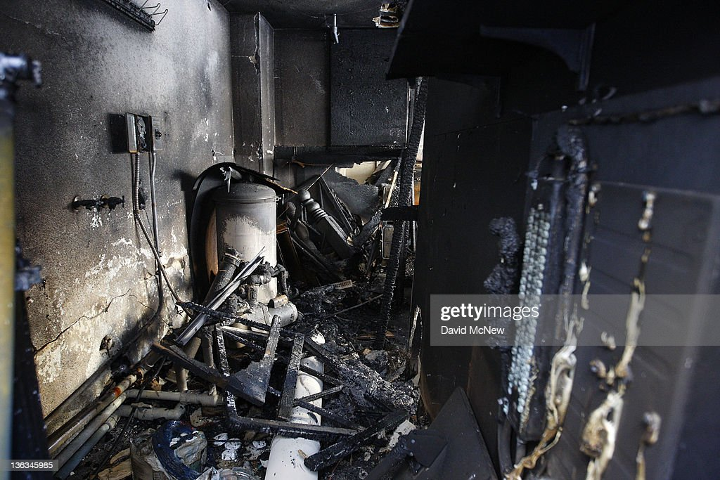 An apartment complex that was burned in a spree of arson fires lies in ruins on January 2 2012 in Los Angeles California Police have taken a suspect...
