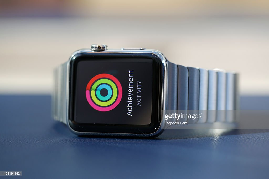 An Apple Watch with stainless steel link bracelet is seen at an Apple Store on April 10, 2015 in Palo Alto, California. The pre-orders of the highly-anticipated wearable from the tech giant begin today as the watches arrive at stores for customers to preview.