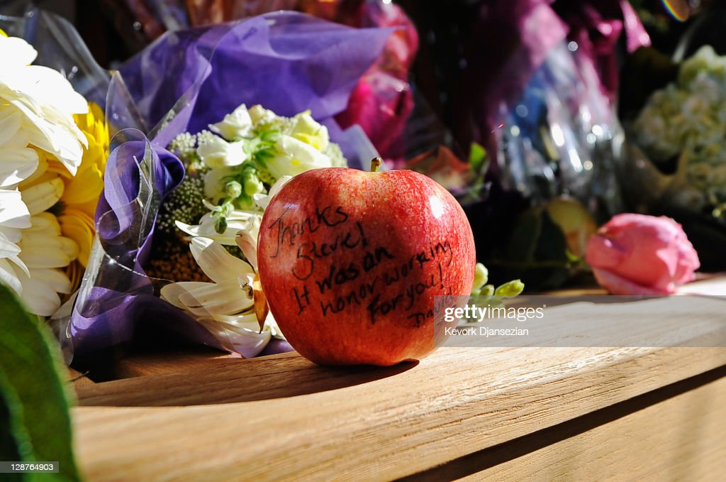 An apple with a message for Steve Jobs written on it sits at large makeshift memorial Jobs at the Apple headquarters on October 7, 2011 in Cupertino, California. Jobs, who died October 5, 2011 at the age of 56, co-founded Apple in 1976 and is credited with marketing the world's first personal computer in addition to the popular iPod, iPhone and iPad.