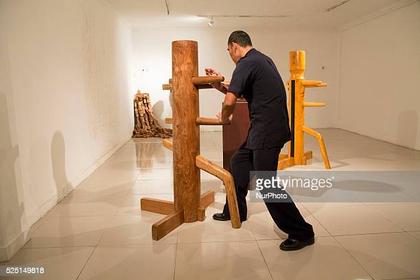 An art wood installation that use for kungfu excercise Indonesia National Gallery at Jakarta held an exhibition called quotRuang Baruquot from 23...