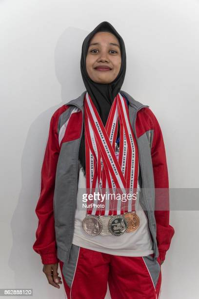 LISNAWATI an athlete from Banten chess player with silver Medal in Indonesai Para Games candidate for Asean Games Athlete from Indonesia have not got...