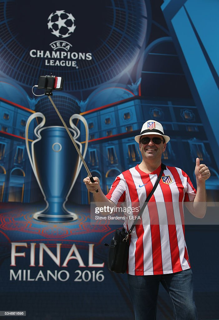 An Atletico Madrid supporter takes a selfie during the Fans Festival in the centre of Milan prior to the UEFA Champions League Final between Real Madrid and Atletico Madrid on May 27, 2016 in Milan, Italy.