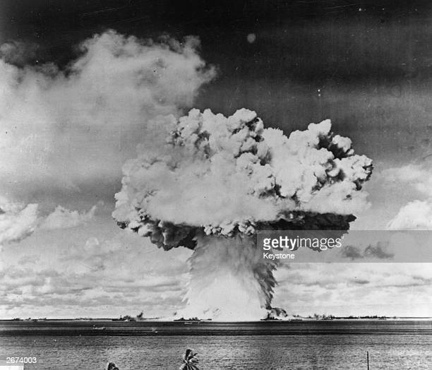 Bikini isand atom bomb test